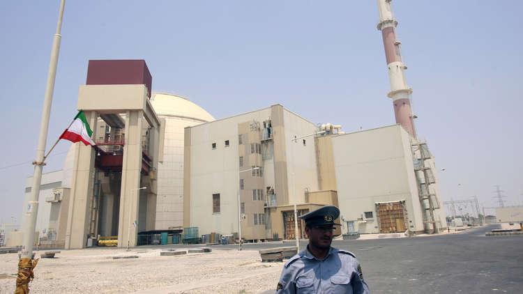 مسؤول إيراني يعد بالكشف عن إنجازات نووية مهمة