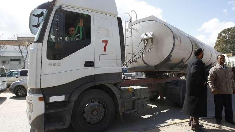 مهربو النفط يشقون طريقا جديدا في الجنوب الليبي