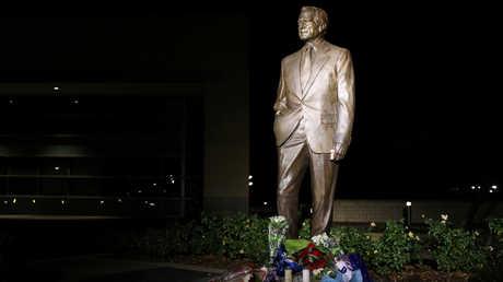 نصب تذكاري لجورج بوش الأب في مدينة كوليج ستايشن بولاية تكساس، 1 ديسمبر 2018