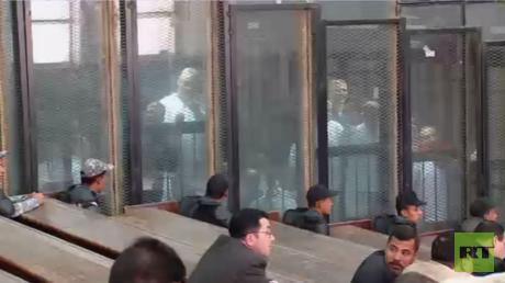 استدعاء ثان لمبارك للشهادة في المحكمة