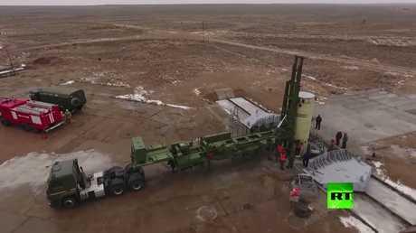 شاهد.. إطلاق صاروخ محدث لمنظومة الدرع الروسية