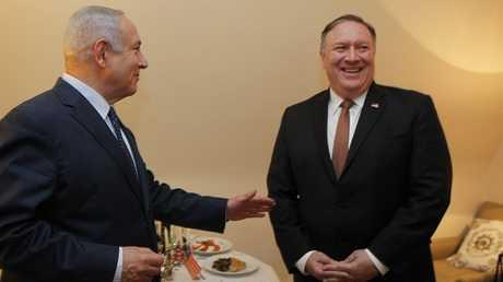 رئيس الوزراء الإسرائيلي بنيامين نتنياهو ووزير الخارجية الأمريكي مايك بومبيو