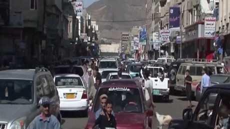 الشارع اليمني يطالب بوقف الحرب في البلاد