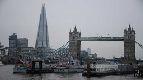 لندن تضع قائمة سوداء بأسماء رجال أعمالروس