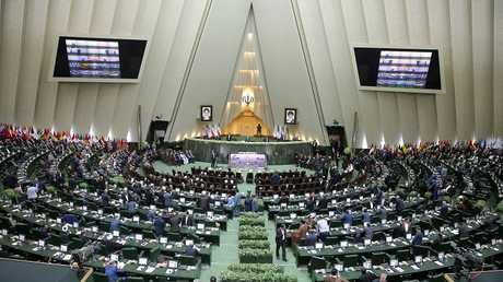 أرشيف - البرلمان في طهران، إيران