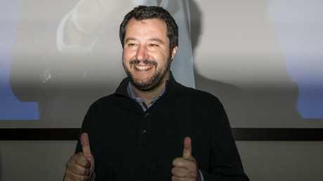 نائب رئيس الوزراء وزير الداخلية الإيطالي ماتيو سالفيني