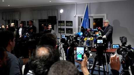 طرفا النزاع اليمني يتبادلان قوائم الأسرى والمعتقلين خلال مشاورات السويد