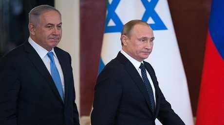 الرئيس الروسي فلاديمير بوتين ورئيس الوزراء الإسرائيلي بنيامين نتنياهو (صورة أرشيفية)