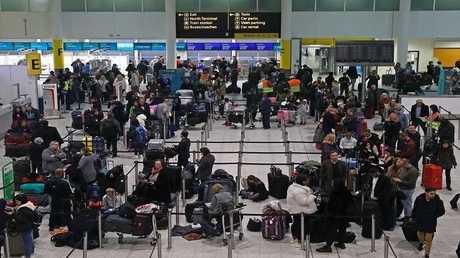 صورة ارشيفية لصالة في مطار غاتويك