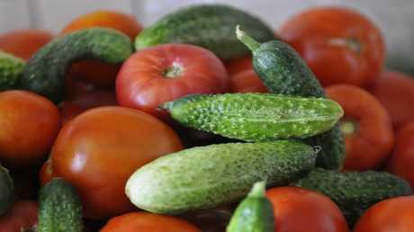 الطماطم والخيار والفراولة تبطيء الشيخوخة