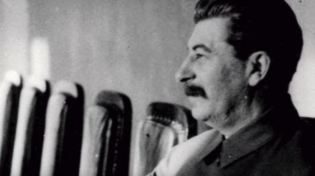 هل يكرر الزعيم الصيني خطأ ستالين؟