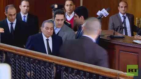 مبارك ومرسي وجها لوجه لأول مرة