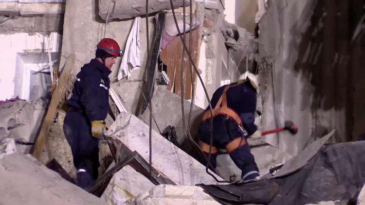 ارتفاع ضحايا انهيار المبنى السكني في روسيا إلى 9 قتلى