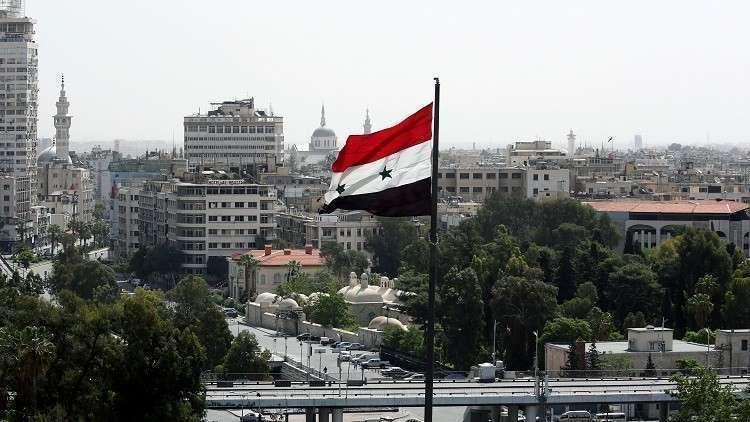 مطرب مصري شهير يغني في سوريا: