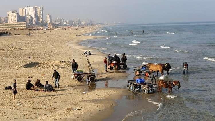 إسرائيل تعزل قطاع غزة بحريا (فيديو)