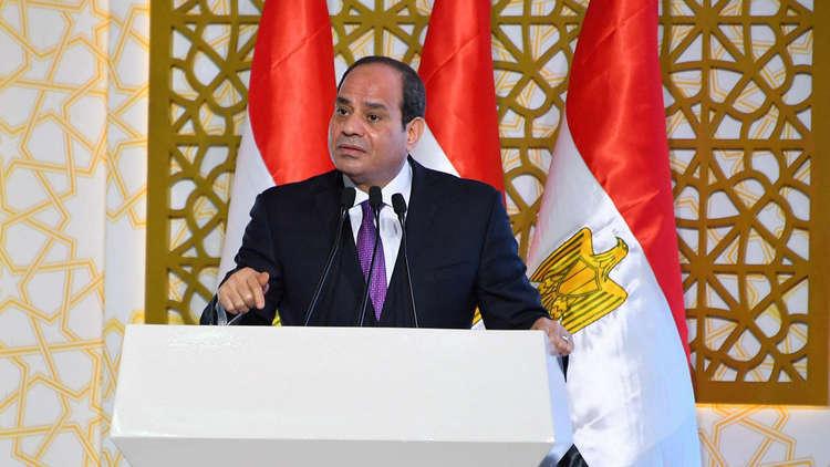 السيسي يطلق مبادرة جديدة لعام 2019 ويصف المواطن المصري بـ