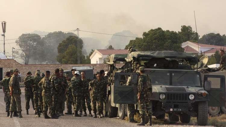الجزائر تغلق حدودها الجنوبية أمام السوريين خشية تسلل فارين من مسلحي المعارضة