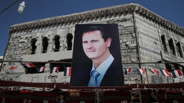 وزير خارجة بريطانيا: الأسد سيبقى في السلطة لبعض الوقت
