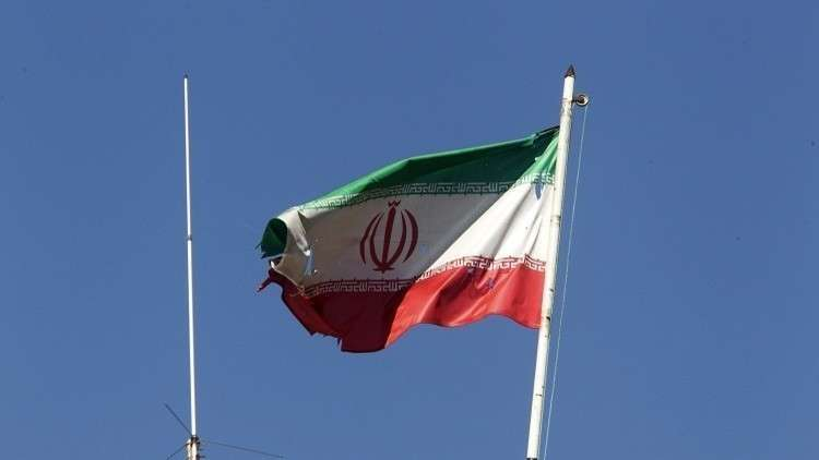 وزير إيراني يستقيل بسبب الموازنة
