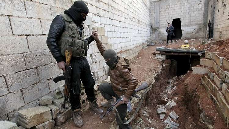 احتدام الاشتباكات بين الفصائل المسلحة شمال غربي سوريا