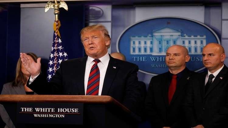 ترامب للمرة الأولى في قاعة الصحافيين في البيت الأبيض