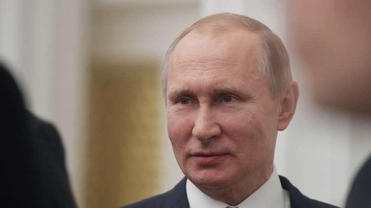 بوتين يعد طفلة بتحقيق حلمها في ركوب اليخت الرئاسي