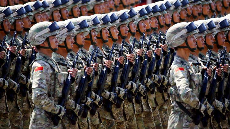 الرئيس الصيني يأمر الجيش بتعزيز جاهزيته القتالية