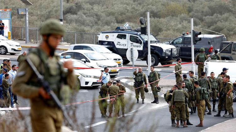 إصابة فلسطينية برصاص إسرائيلي للاشتباه بنيتها طعن إسرائيليين في الضفة