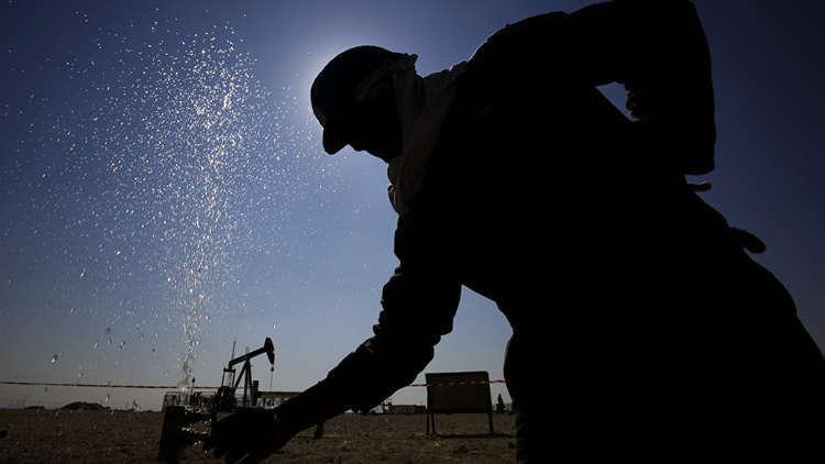 صعود النفط على أمل فض النزاع التجاري بين بكين وواشنطن