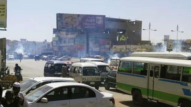 خروج مظاهرات في عدد من مناطق الخرطوم وأم درمان عقب صلاة الجمعة