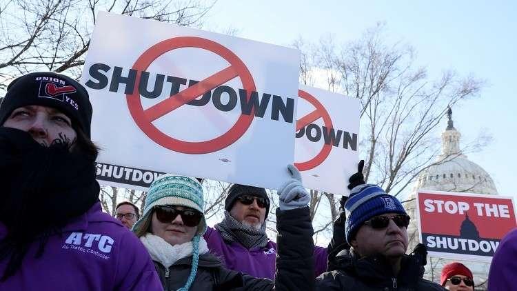 الكشف عن تكلفة الإغلاق الحكومي في الولايات المتحدة