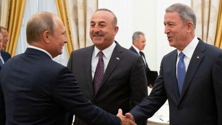 وزير الدفاع التركي: نواصل التنسيق مع روسيا لتنفيذ اتفاق سوتشي بشأن إدلب