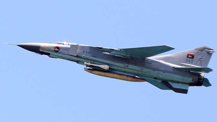 سلاح الجو التابع لحفتر يستهدف مسلحين من المعارضة التشادية جنوب ليبيا