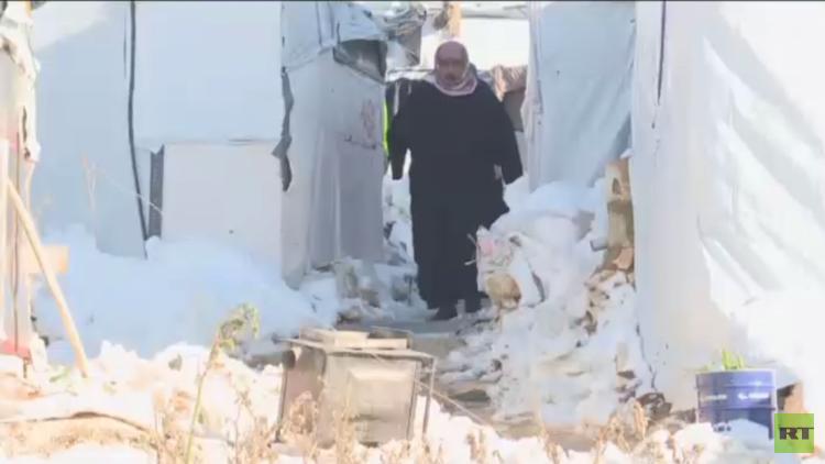 لبنان.. مخيمات اللاجئين تواجه الثلوج