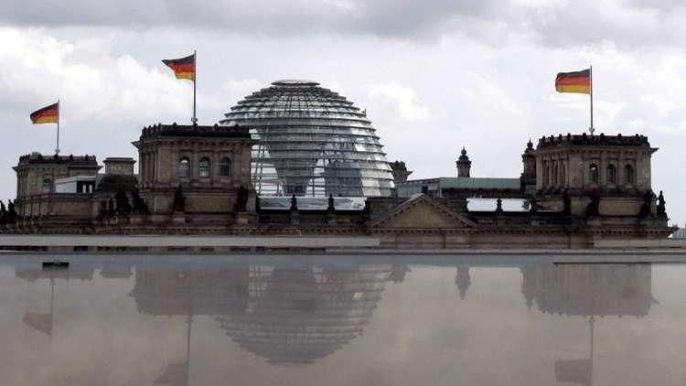 شبيغل: النخبة السياسية في ألمانيا تتجنب سفير أمريكا في برلين بسبب تدخله الفج في الشؤون الداخلية