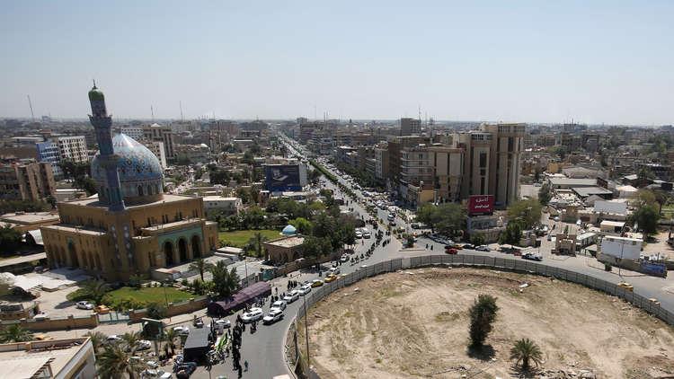 30 مسؤولا يرافقون ظريف في زيارته إلى العراق