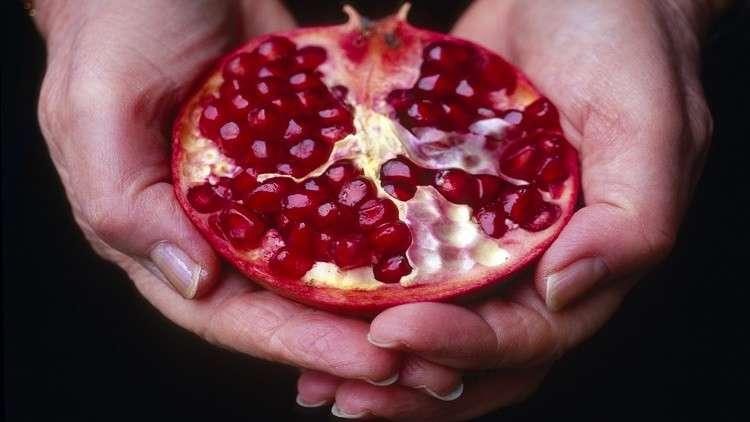 مستخلص الرمان يحمي من سرطان الأمعاء
