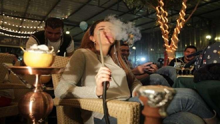 مصر.. قانون جديد يضع شرطا لتقديم