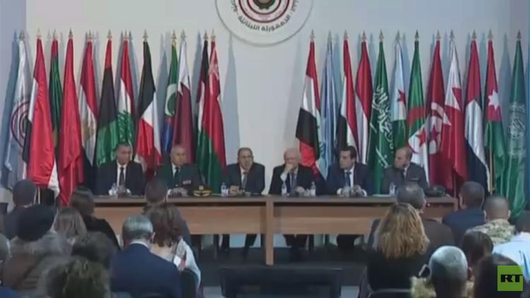 لبنان يأسف لغياب ليبيا عن قمة بيروت