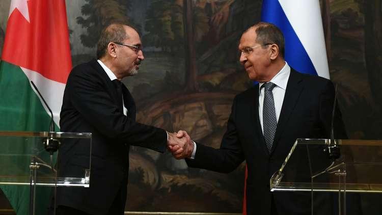 لافروف يدعو إلى إطلاق عمل اللجنة الدستورية في سوريا بأسرع وقت ممكن