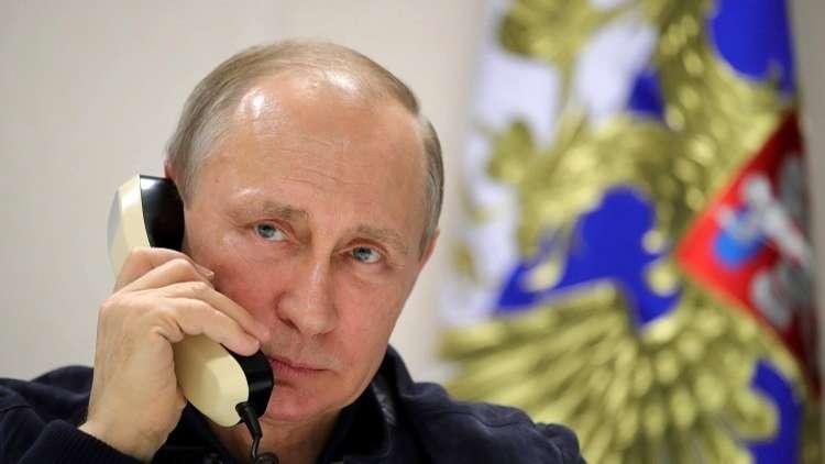الكرملين يكشف كيف يتصل الوزراء ورؤساء الإدارات بالرئيس بوتين