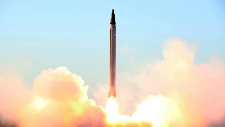 إيران تكشف النقاب عن صاروخ جديد حامل للأقمار الاصطناعية