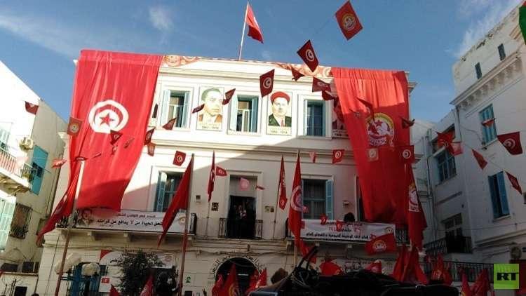 تونس.. إضرابات ومطالبات باستقالة حكومة الشاهد
