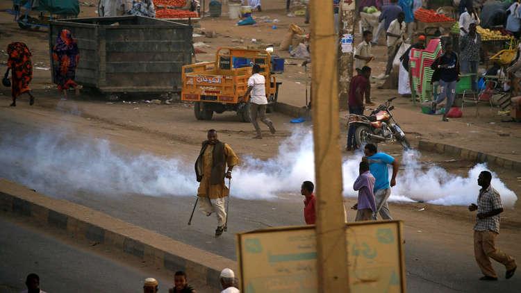 الشرطة السودانية تؤكد مقتل متظاهر وإصابة آخرين في الخرطوم