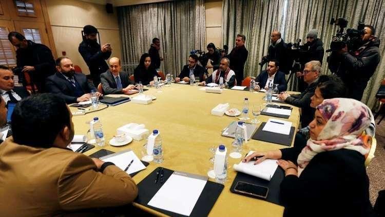 المفاوضات اليمنية.. تقدم في ملف وتعثر بآخر