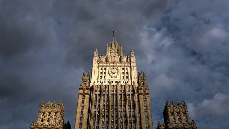 موسكو: الاستراتيجية الأمريكية الجديدة ستدفع إلى سباق تسلح فضائي