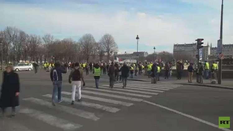 تظاهرات للسترات الصفراء بالمدن الفرنسية
