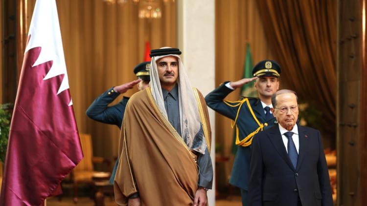 أمير قطر يفسر سبب مشاركته في قمة بيروت