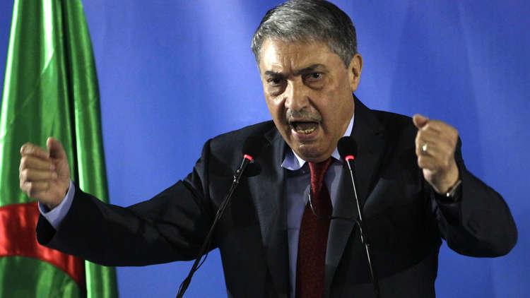 بن فليس يعلن نيته خوض السباق الرئاسي في الجزائر