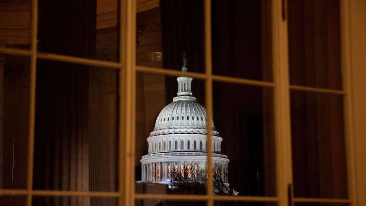 بيلوسي تمنع الرئيس من مخاطبة الكونغرس طالما يتواصل الإغلاق الحكومي.. وترامب يصر